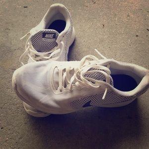 Nike Men's Revolution 3 running shoes